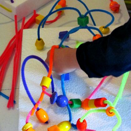 Make your own pipe cleaner bead maze easy diy fun activity for kids with pipe cleaners