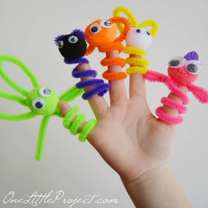 Easy-Pipe-Cleaner-Finger-Puppets2