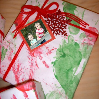 DIY that gift wrappers to be used this Christmas! Fun!