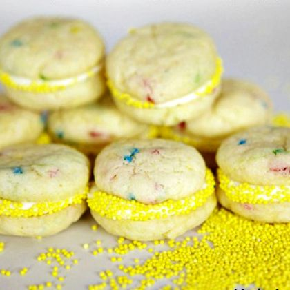 Mini-Funfetti-Cookie-Sandwiches
