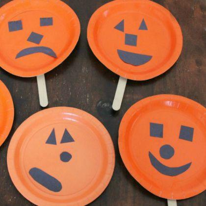 Pumpkin-Face-Finger-Play-and-Puppet
