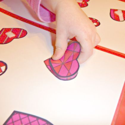 little-hand-working-heart-puzzle file folder game for the kids!