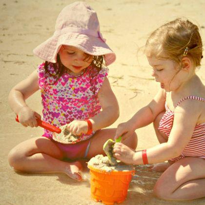 Children-need-play