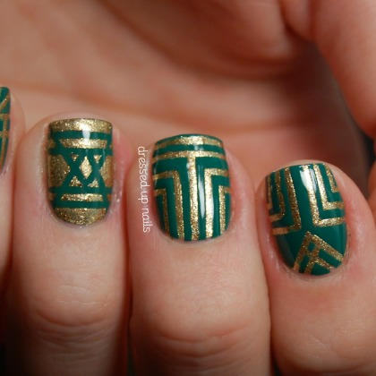 CELTIC PATTERN NAILS