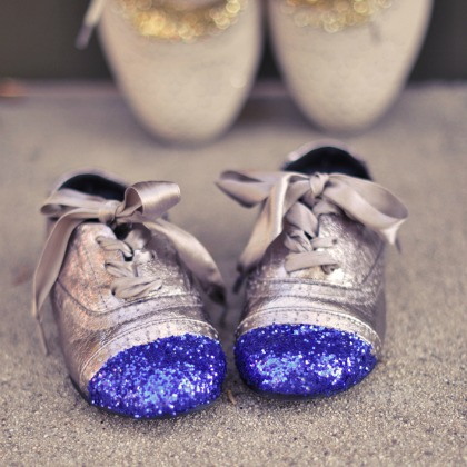 GLITTER TOED SHOES