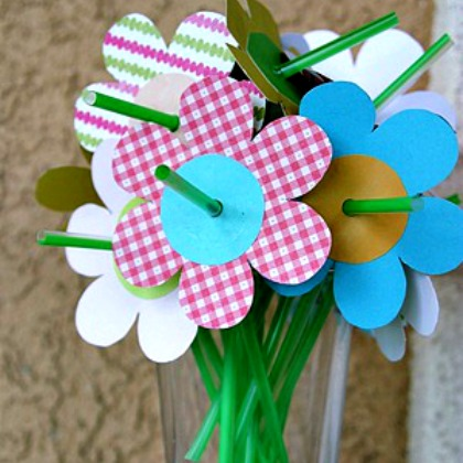 PAPER STRAW FLOWERS