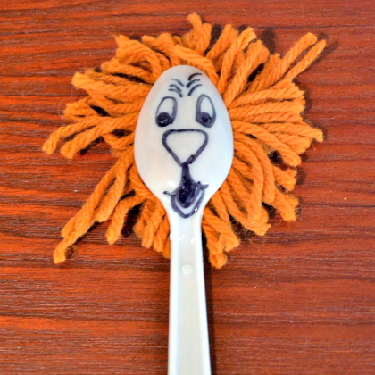 spoon lion