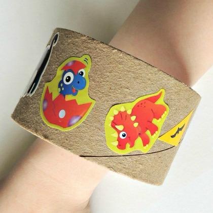 DIY Dinosaur Toilet Paper Roll Bracelet