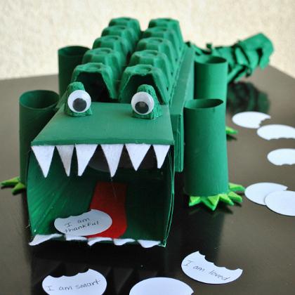alligator box