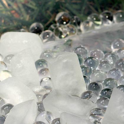 Frozen Coconut Water Bead Bin
