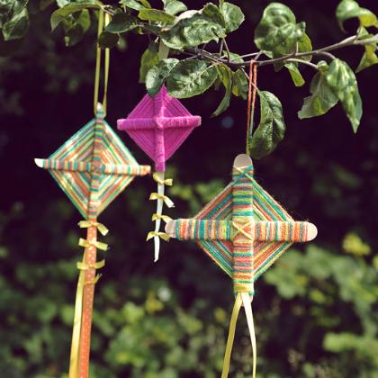 yarn kites