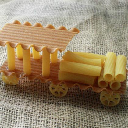 pasta train
