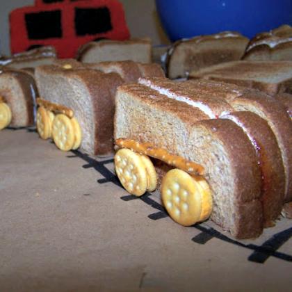 train sandwiches