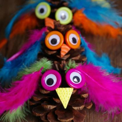 owl family pinecones
