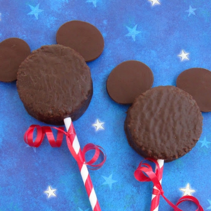 mickey mouse snack cakes
