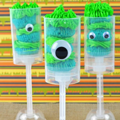 monster cake pops