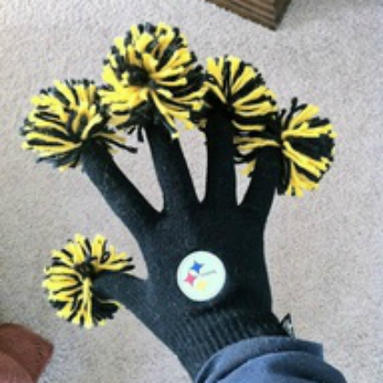 pom pom fingers