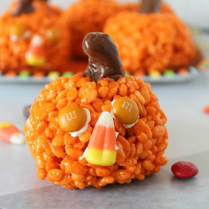 pumpkin krispies treat