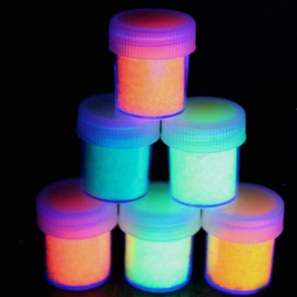 Glow-in-the-dark-glitter
