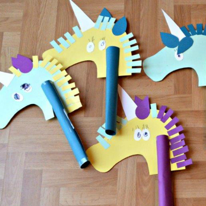 construction paper unicorns