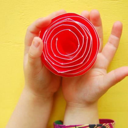 paper plate rose