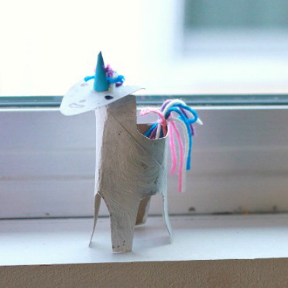 tp roll unicorn