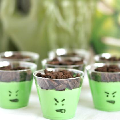 Hulk-pudding-cups