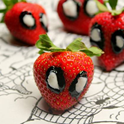 Spiderman Strawberry 2
