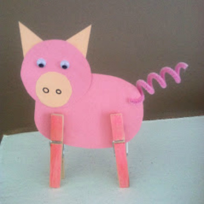 clothes pin pig