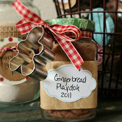 gingerbread playdough gift