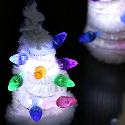light up pipe cleaner Christmas Trees