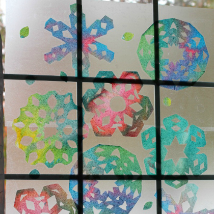 paper towel snowflakes