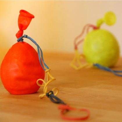 balloon yo yo