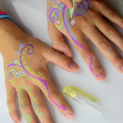 gel pen henna tattoos
