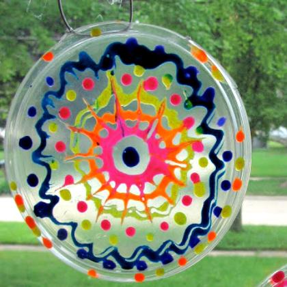 plastic lid sun catcher