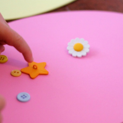 button counting egg