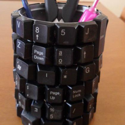 keyboard cup