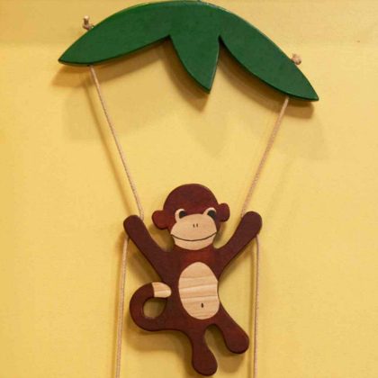 Swinging monkey crafts