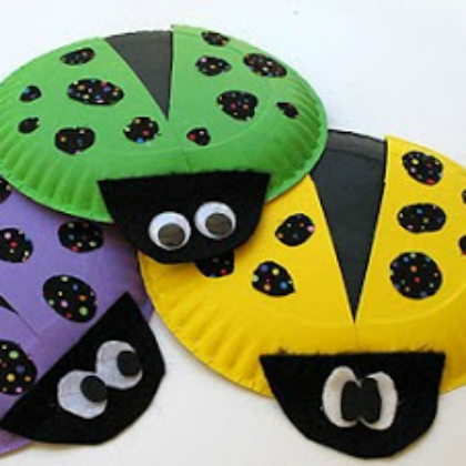 paper plate bright ladybugs