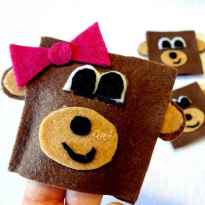square monkey finger puppets