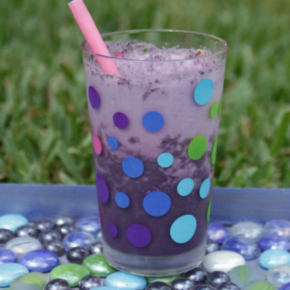 kale and blueberry smoothie