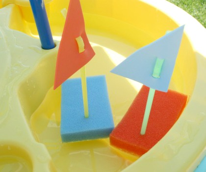 Floating-Sponge-Boats