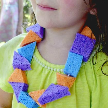sponge-necklace