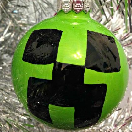 creeper ornament