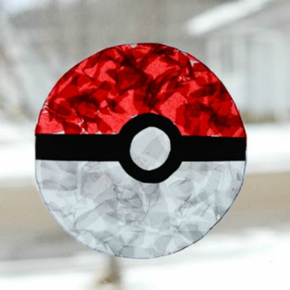 pokemon-craft-for-kids-pokeball-suncatcher-5