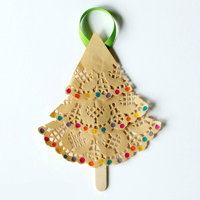 25 Christmas Tree Crafts For Kids